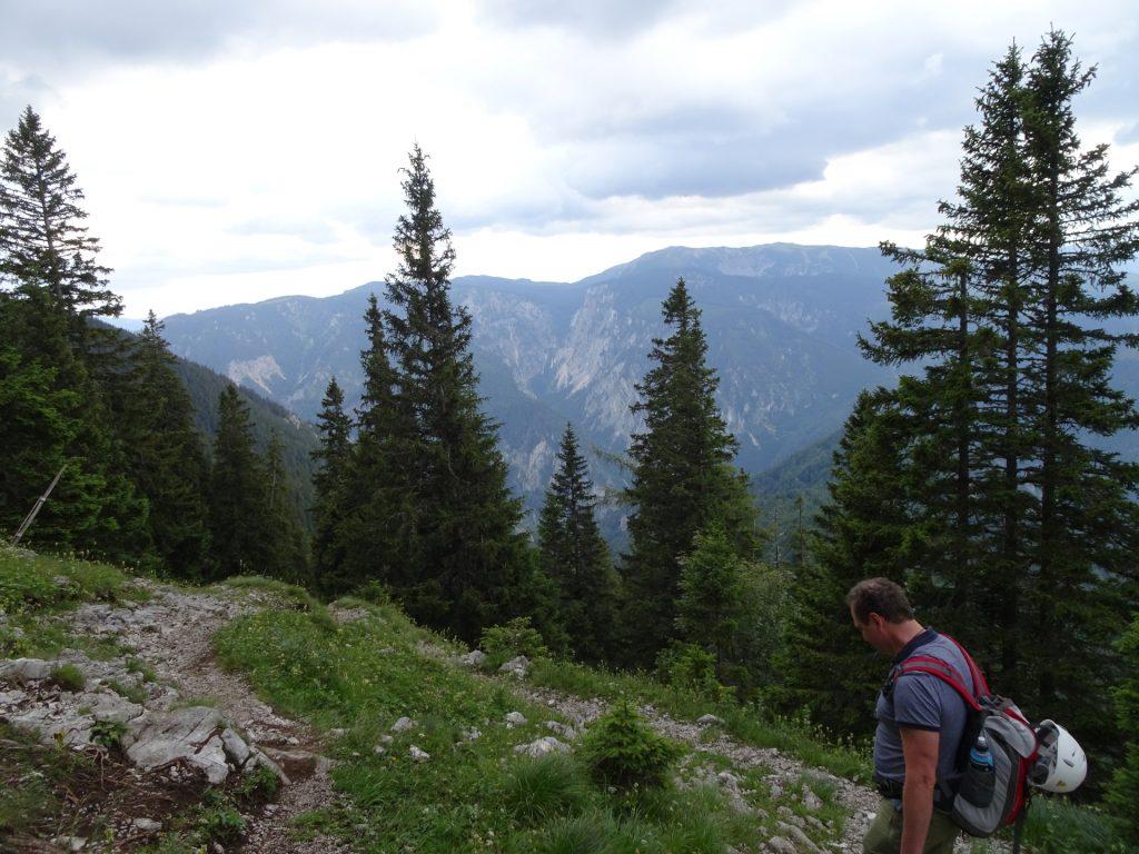 Trail towards Kienthalerhütte