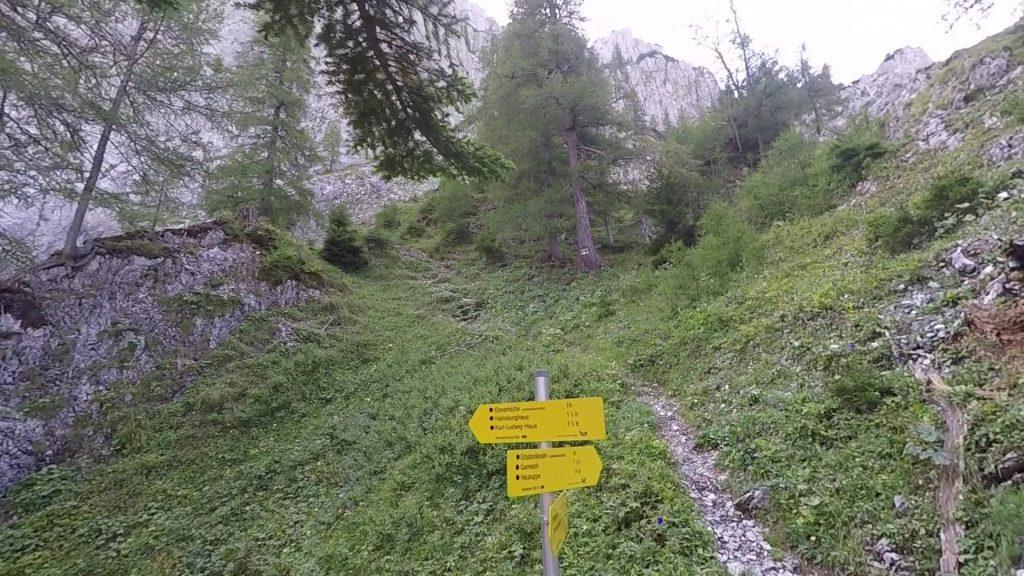 Crossing towards Bärenloch (left)