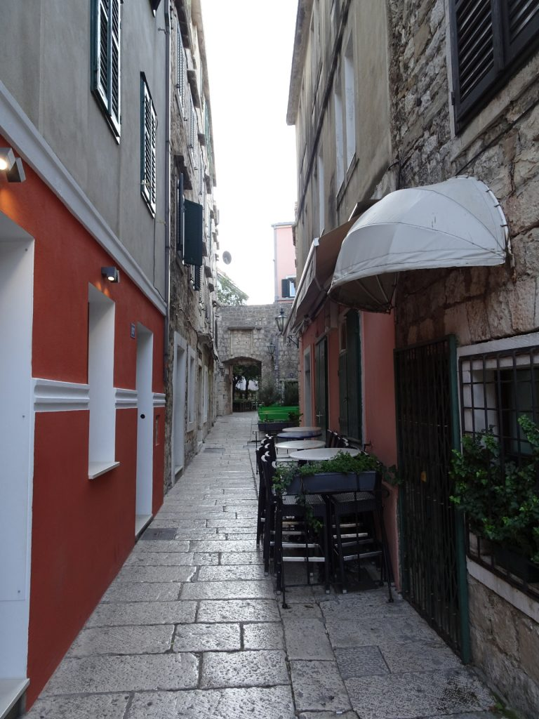 Through the narrow streets of Omis