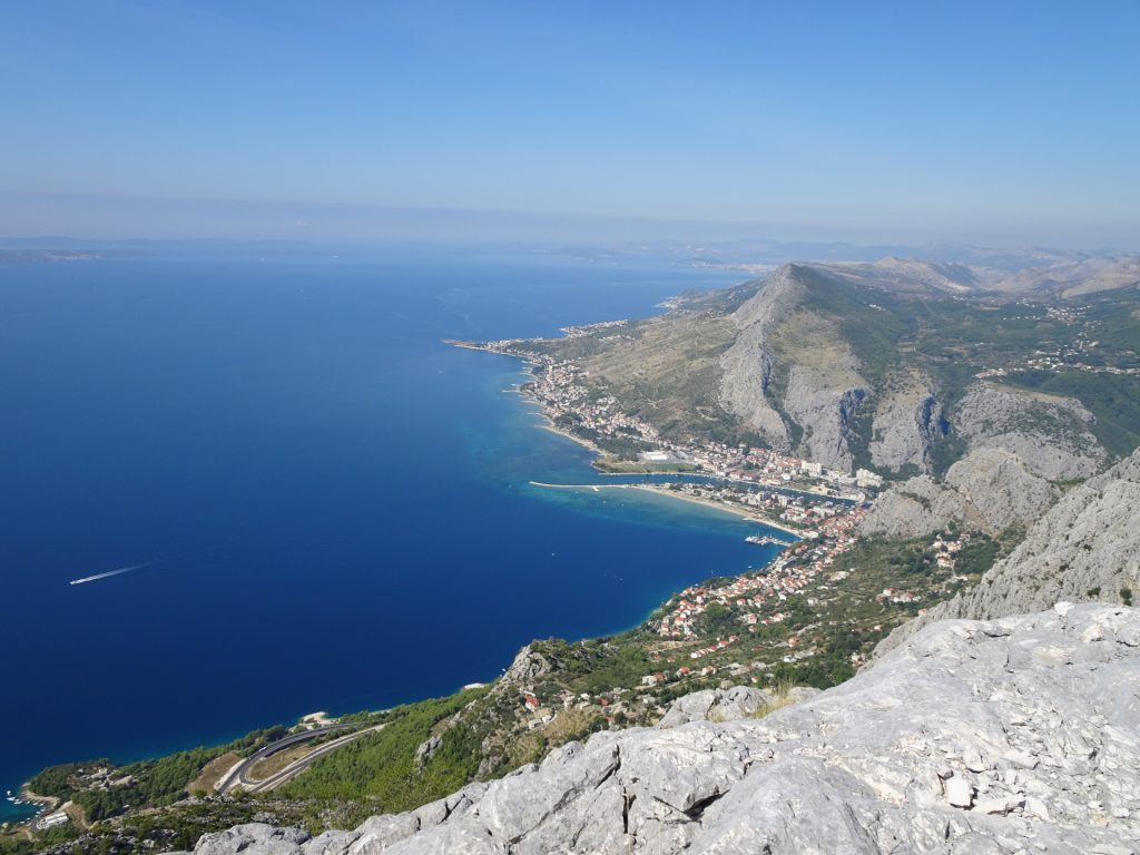 View from Srtrazina to Omis