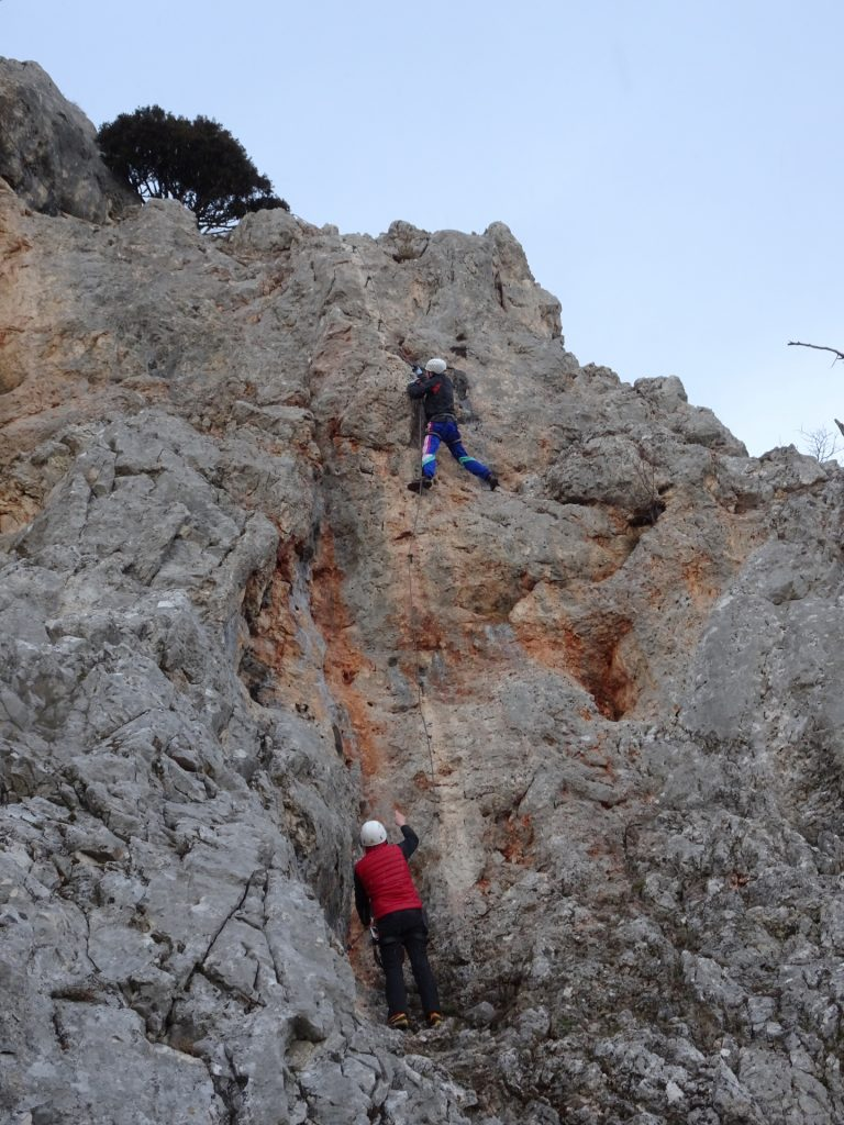 Hannes aborts, Herbert attempts the crux