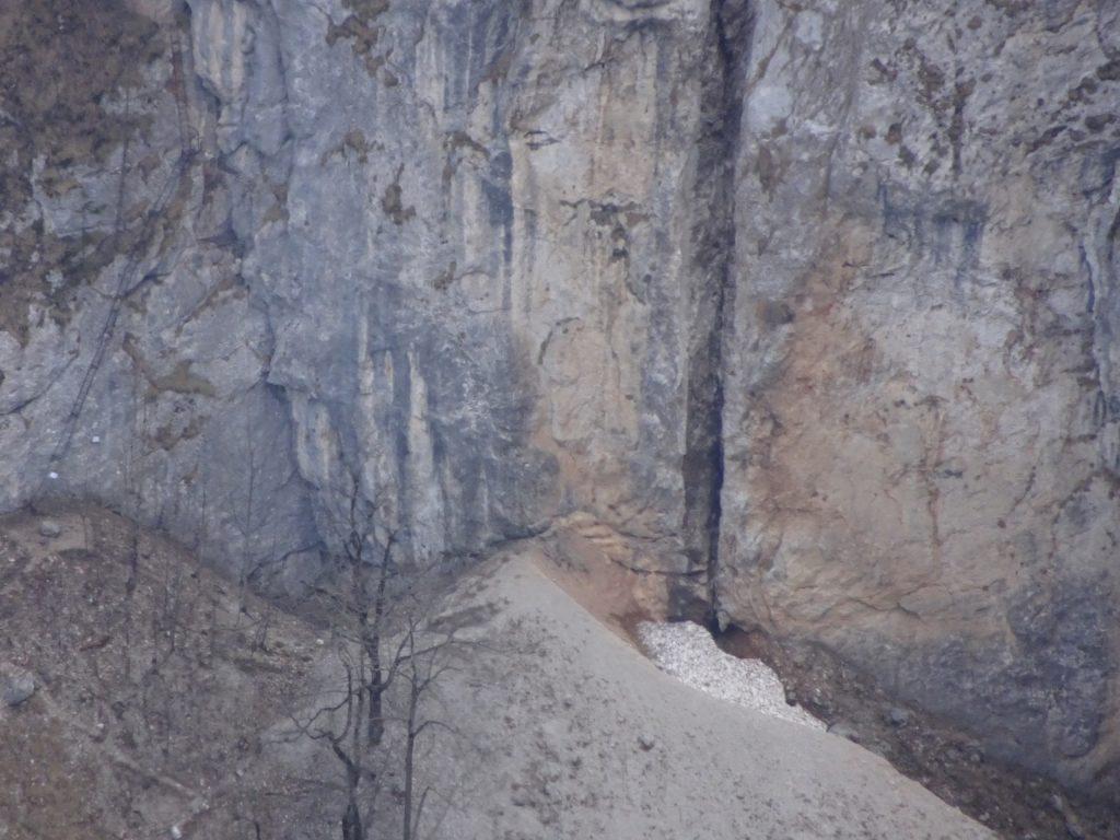 Distance view towards entrance of Alpenvereinssteig (AV-Steig) with its iron ladder