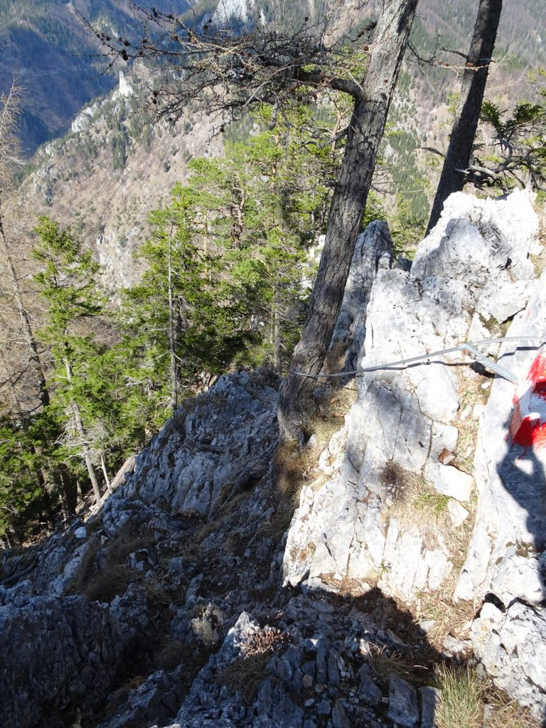 Steep and exposed parts of Rudolfsteig (protected with iron cable)