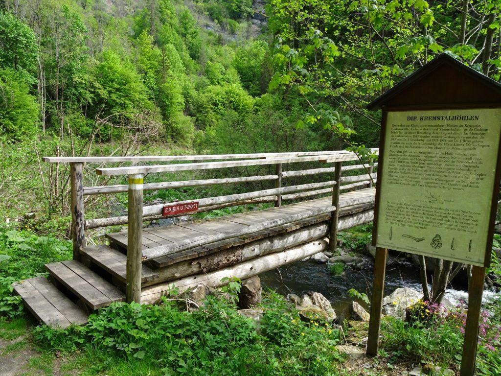 Wooden bridge towards the Gudenus cave