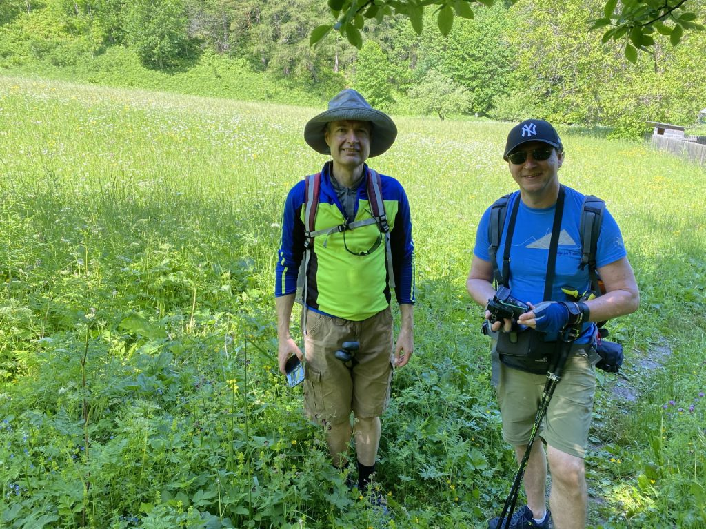 Herbert and Hannes on the small trail after the valley station of Habsburghaus