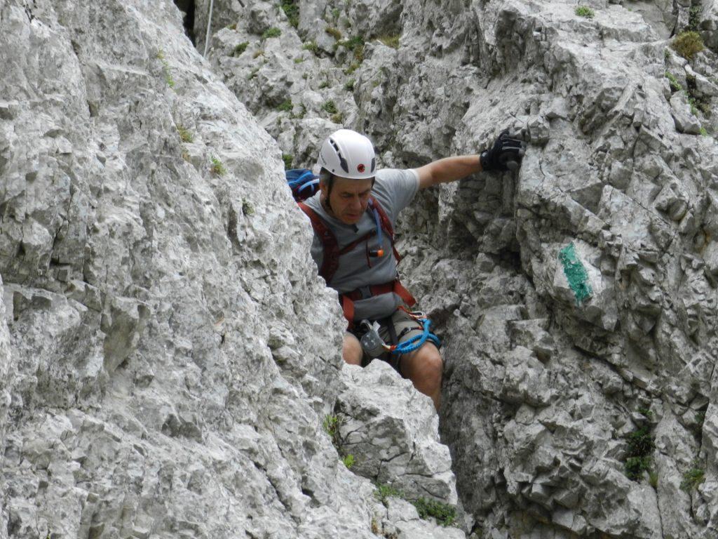Climbing down the last part of Bärenlochsteig