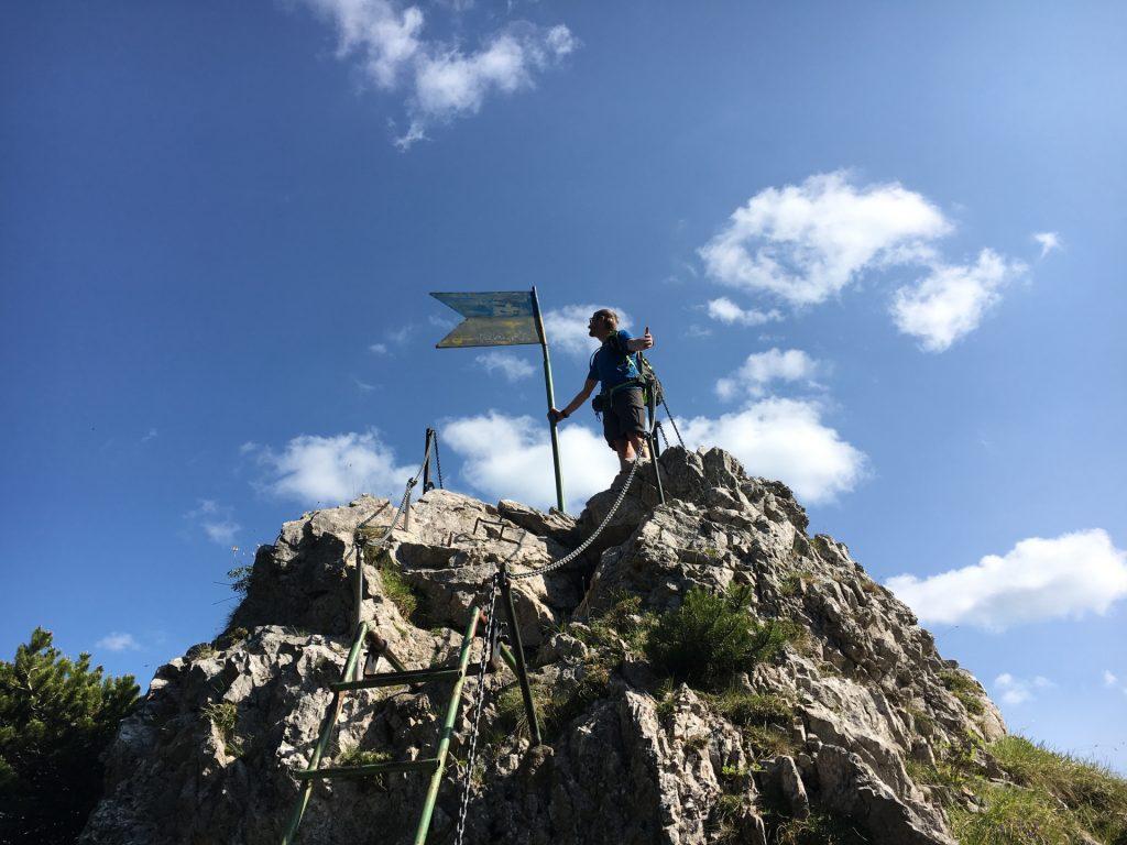 Stefan celebrates victory on the Entenhügel