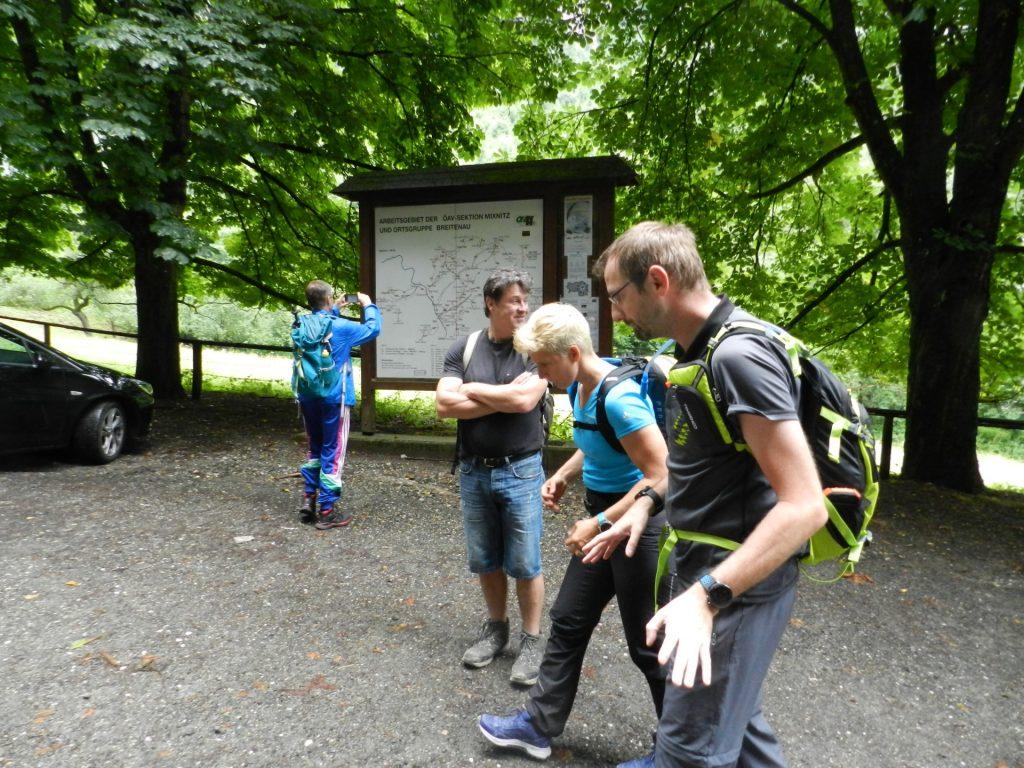 Starting the tour at the parking Bärenschützklamm