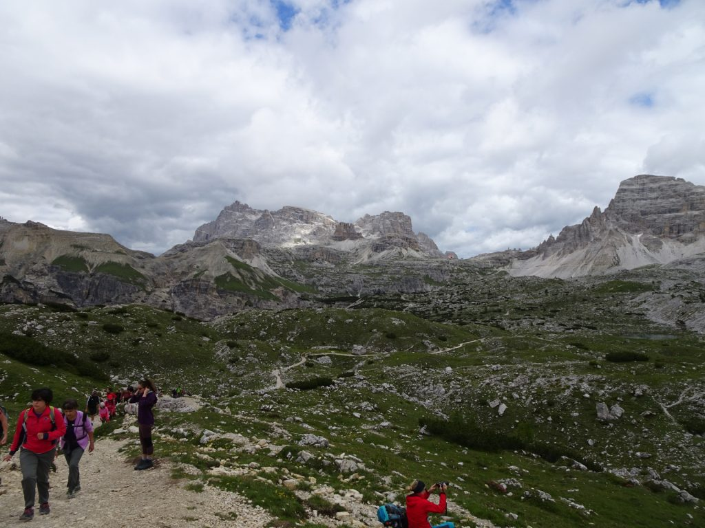 The crowded trail