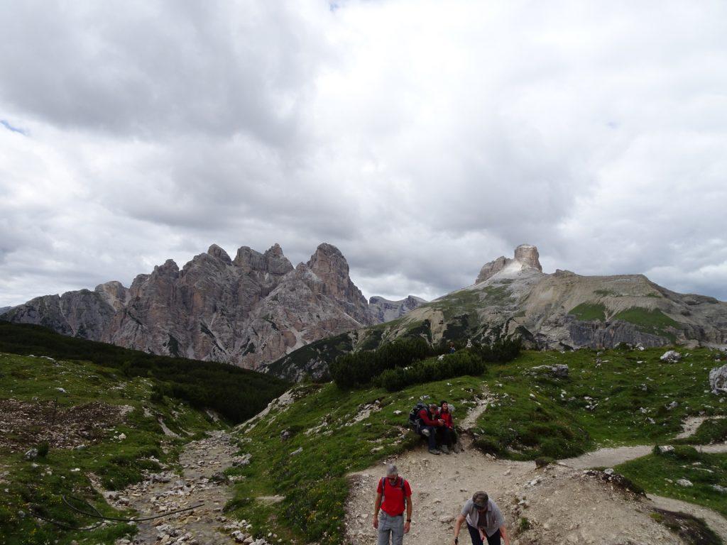 Trail towards the hut