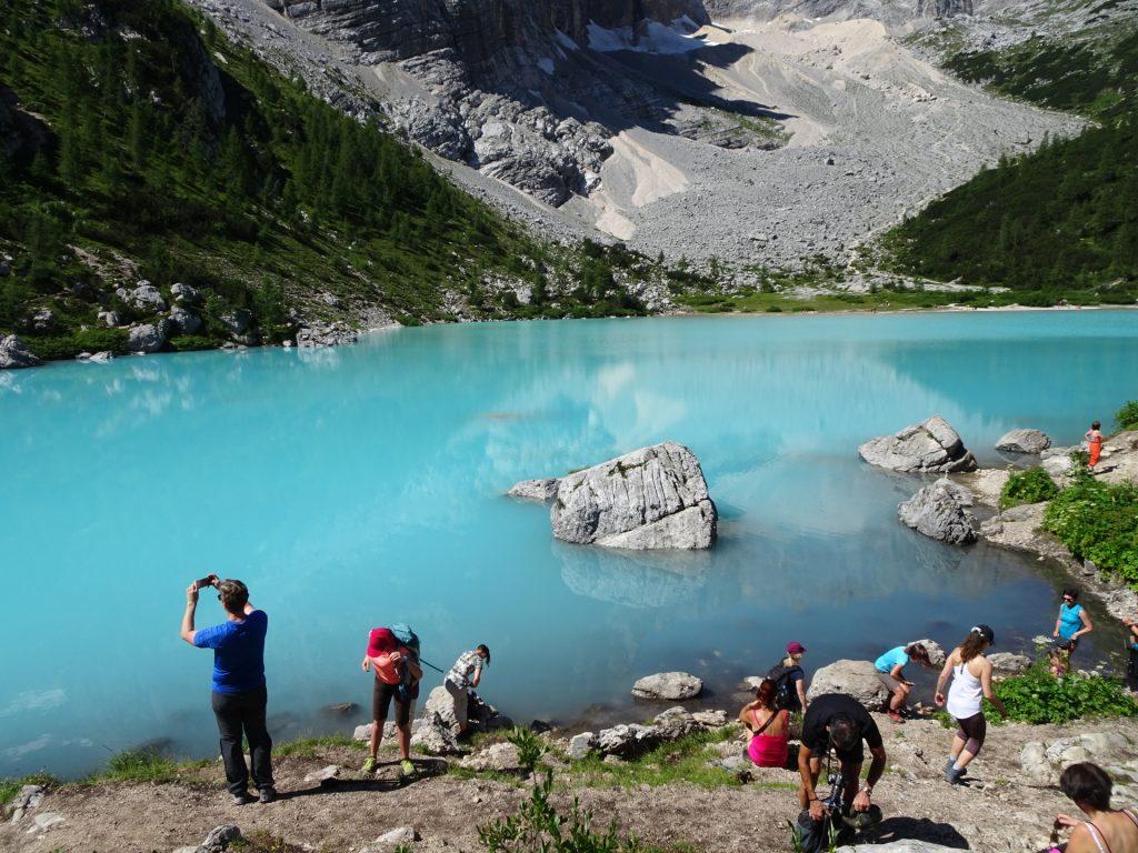 "Arriving at the crowded but amazingly beautiful ""Sorapis lake"" (Largo del Sorapis)"
