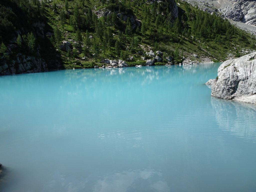 "The stunning colour of ""Sorapis lake"" (Largo del Sorapis)"