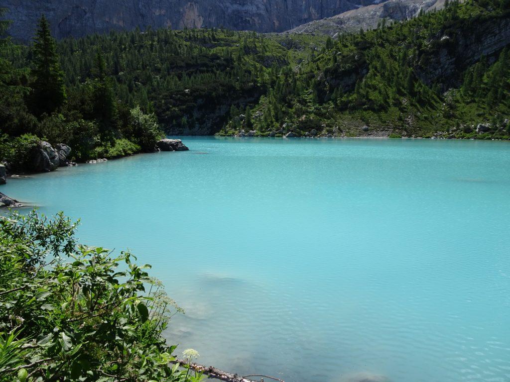 "The ""Sorapis lake"" (Largo del Sorapis) from behind"