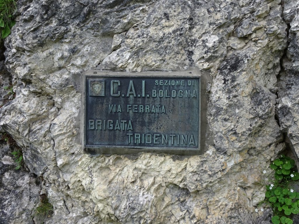 Sign marking the begin of the first part of the ferrata