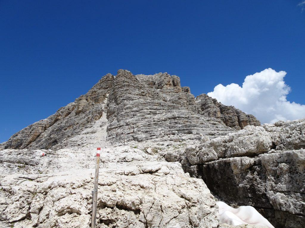 "Climbing route towards the top of ""Pisciadù"" (UIAA I)"