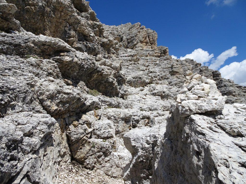 Climbing up to Pisciadù (UIAA I)