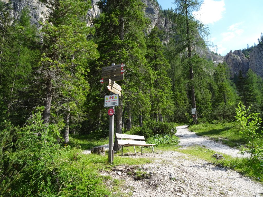 """View backwards from the crossing. Follow the route 28 towards the """"Cascades de Pisciadu"""" (Waterfalls)"""