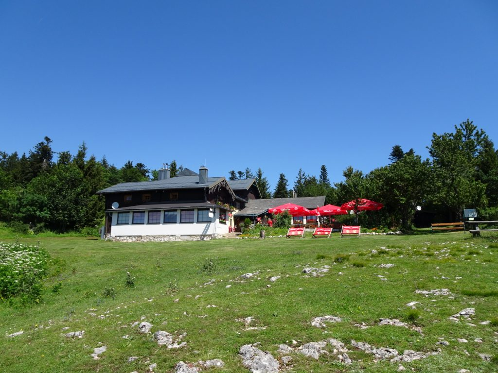 The Eicherthütte: a perfect place for a well-deserved break!