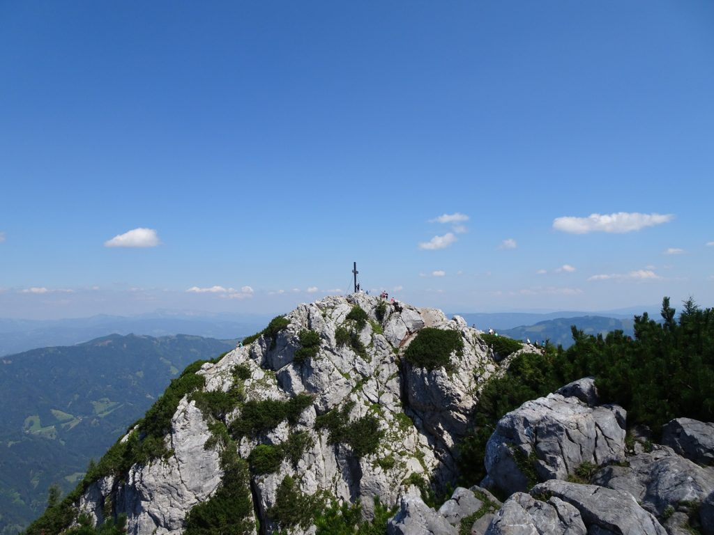 "The top of ""Hochlantsch"" is crowded"