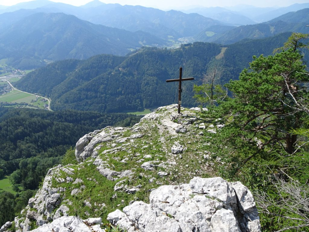 "The summit cross of ""Rannerwand"" (actually not at the highest point but far lower!)"