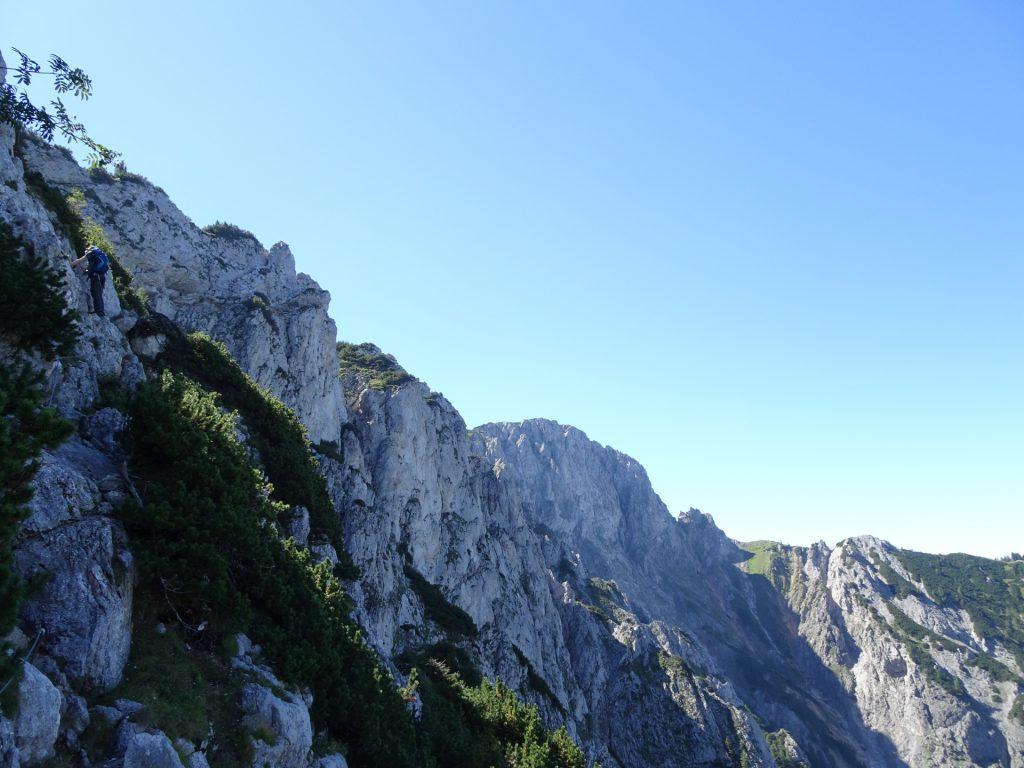 Climbing up Wildfährte (left)