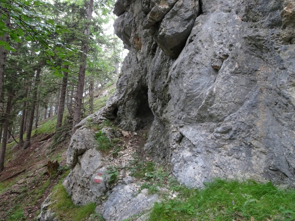 Another cave next to the trail