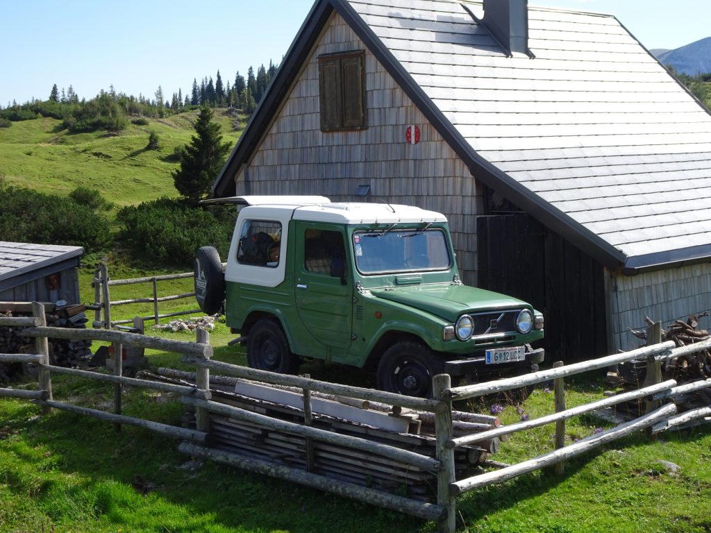"""Cool car at one of the private huts at the """"Sonnschienalm"""""""