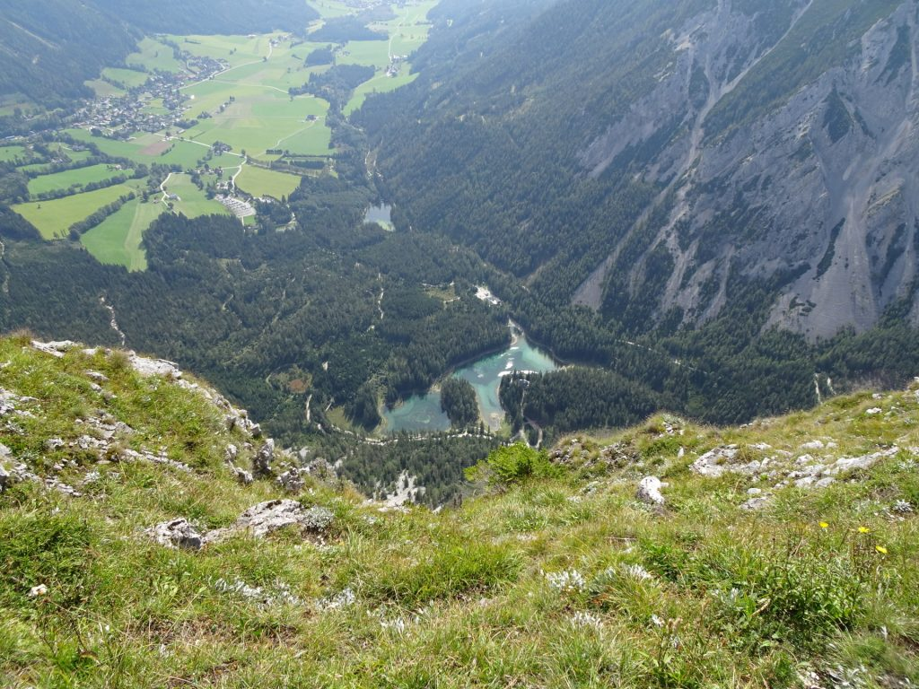 """View towards the """"Grüner See"""" from the """"Pribitz"""" cliff"""