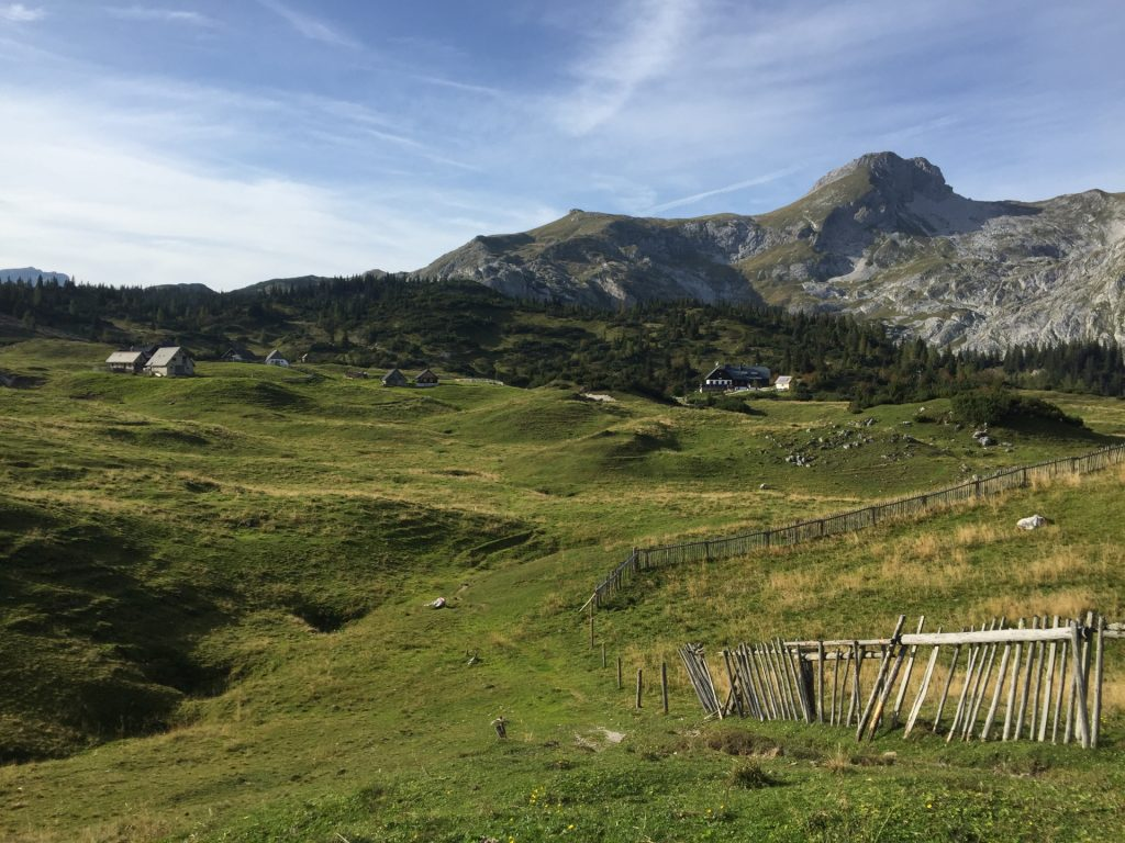 """View back to the """"Sonnschienalm"""" and the """"Ebenstein"""""""