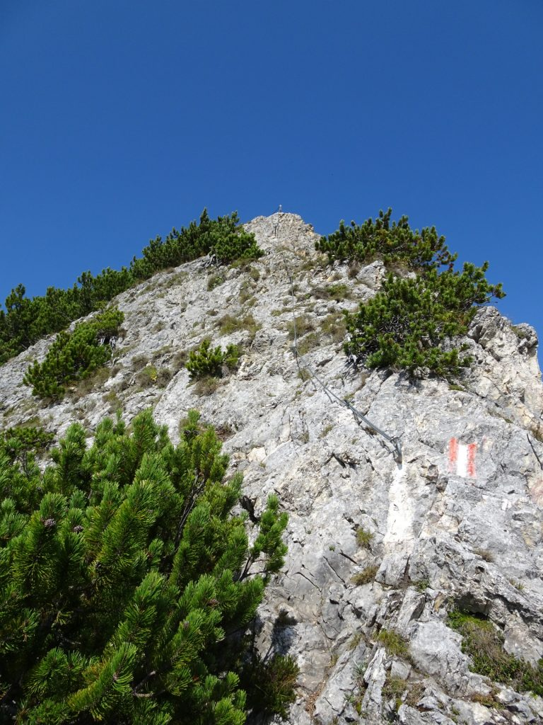 One of the climbing passages (A/B)