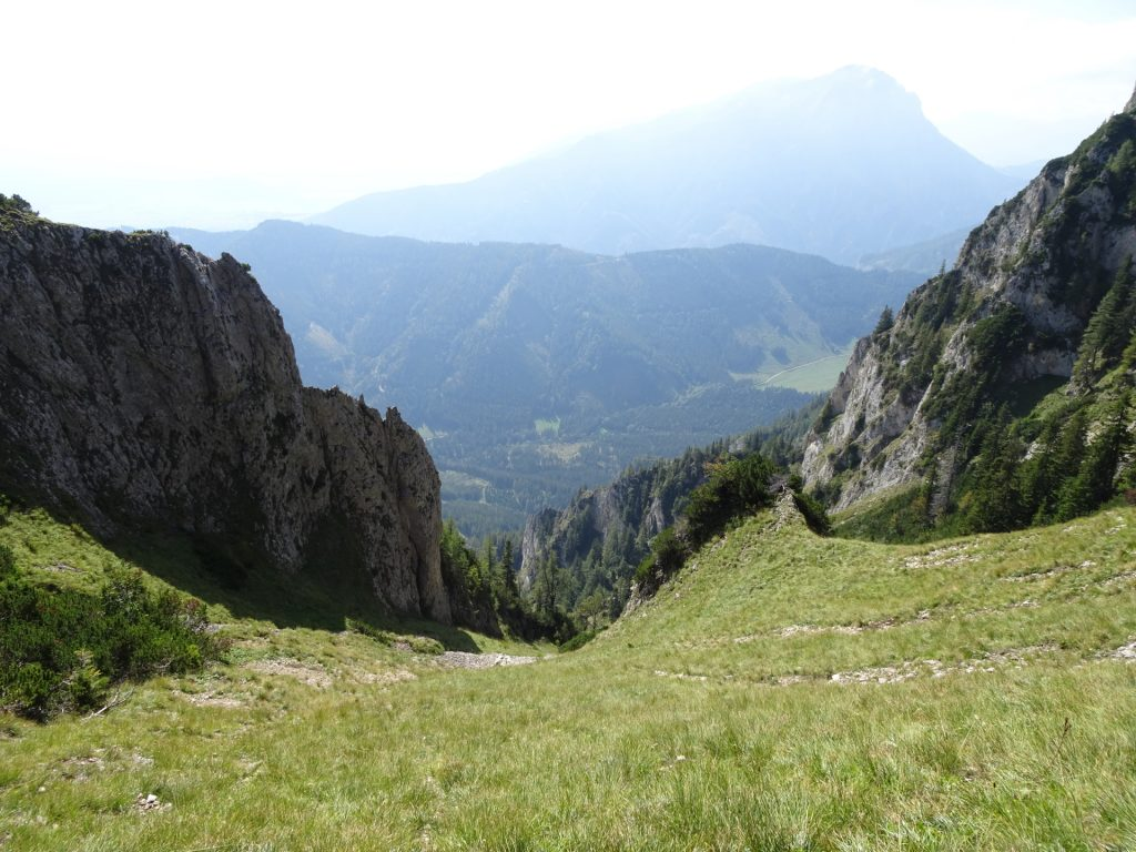 Amazing mountain scenery seen from the trail