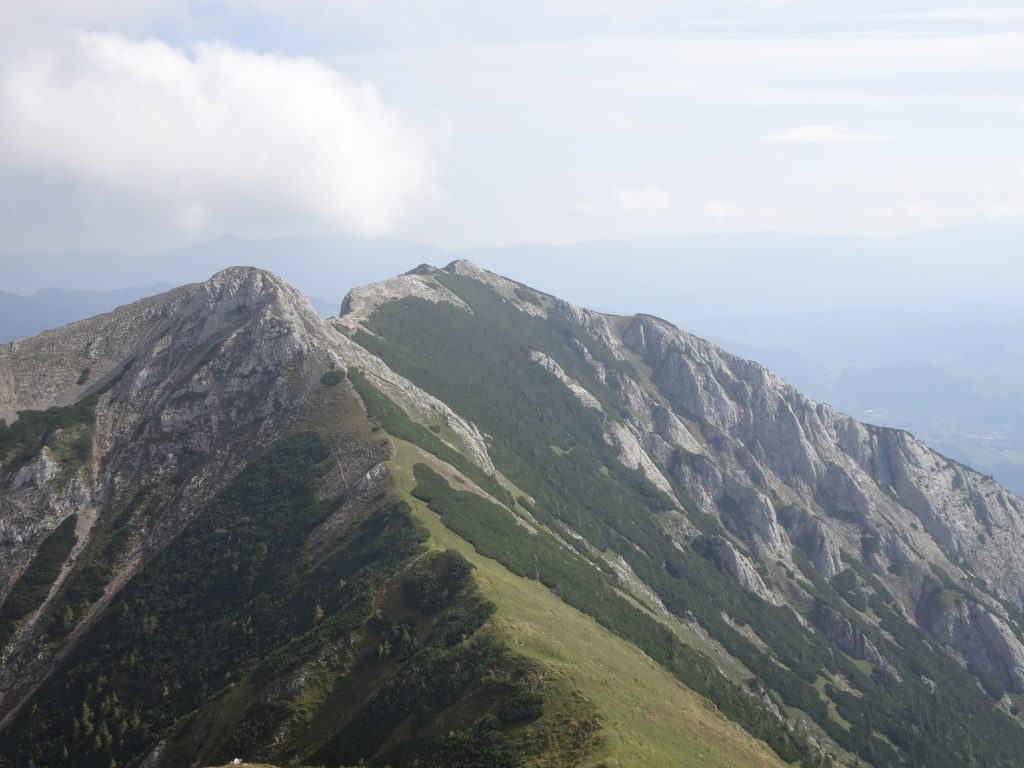 """View back on the trail from the ascent to """"Vordernberger Zinken"""""""
