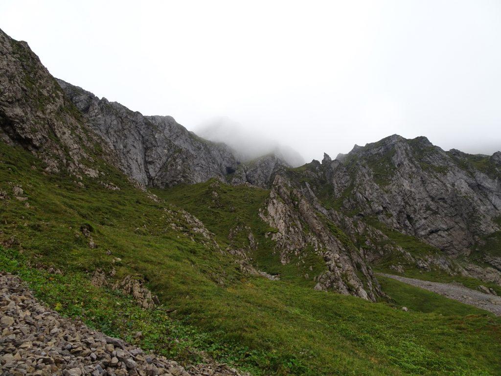 """On the trail towards """"Eisenerzer Reichenstein"""""""