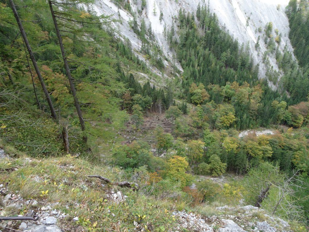 """View downwards from the """"AV-Steig"""""""