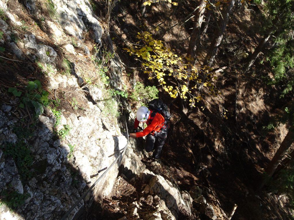 """GV-Steig: Hans climbing up the first meters (""""Braunerwandl"""", (1), B)"""
