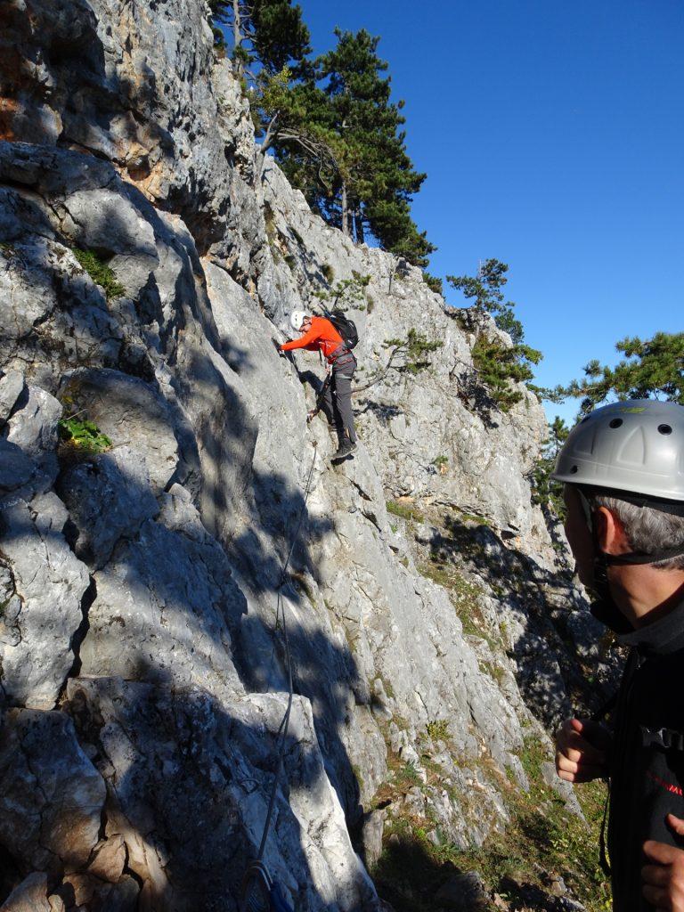 Steirerspur: Hans follows Bernhard towards the first traverse (B)