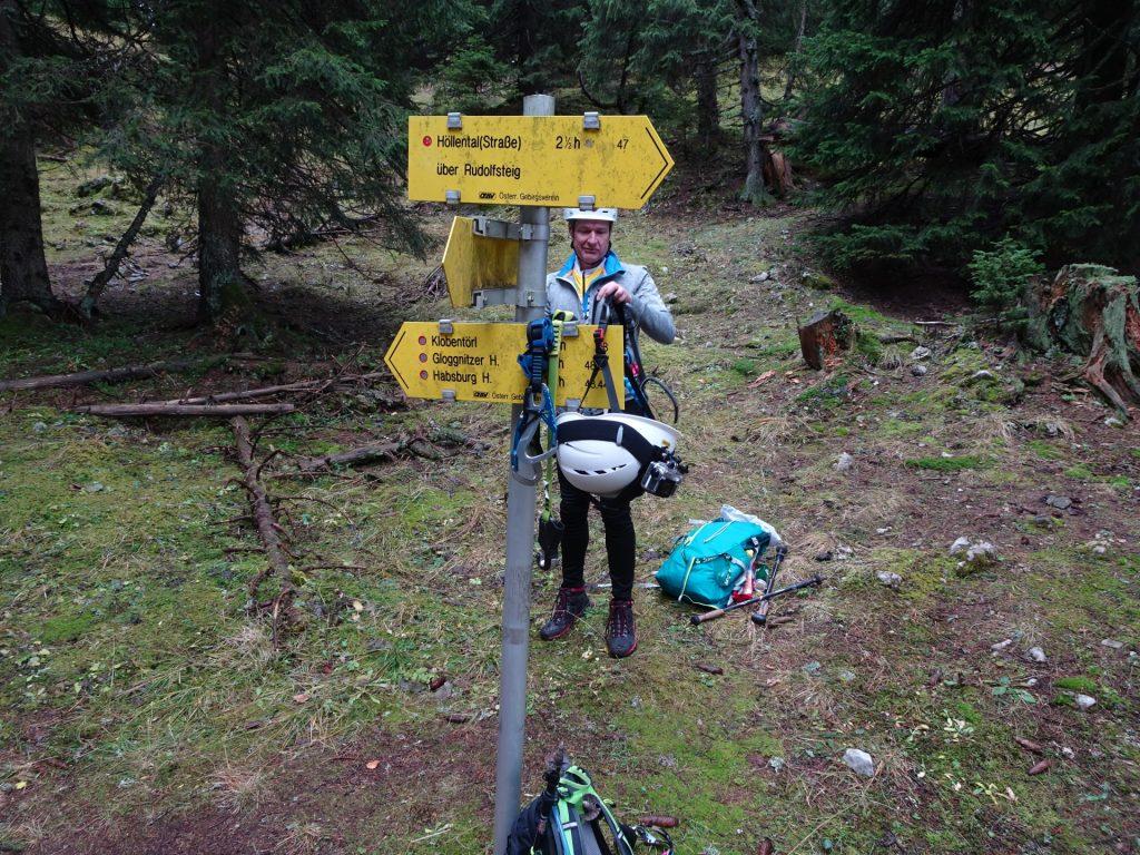 """Short break at the crossing towards """"Klobentörl"""""""