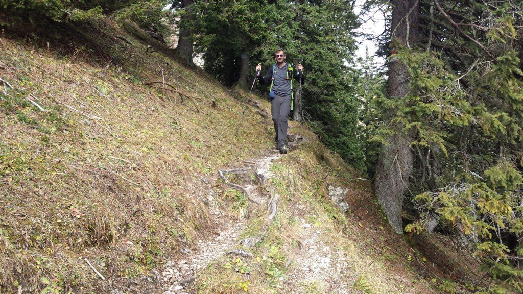 "Stefan descending towards ""Dirnbacherhütte"""