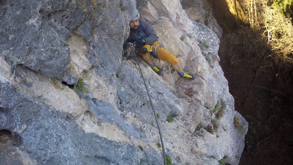 Predrag leaving the cave on the traverse to the ladder