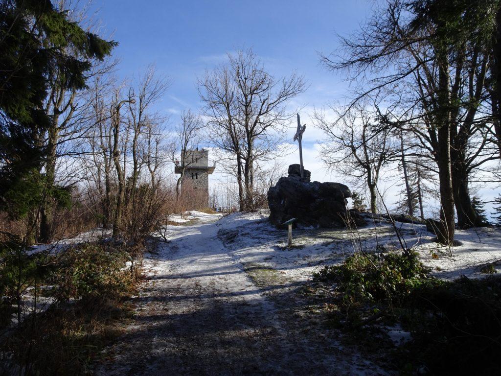 """Approaching """"Geschriebenstein"""" and its viewing tower"""