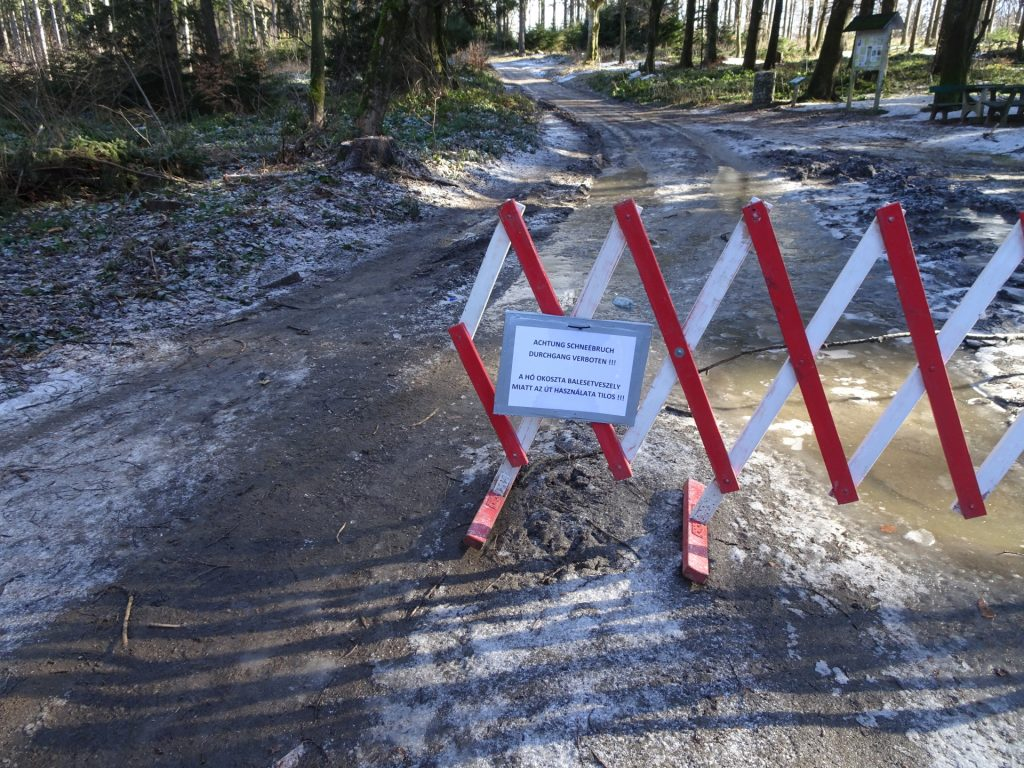 """The trail towards """"Geschriebenstein"""" was closed (obviously ignored)"""